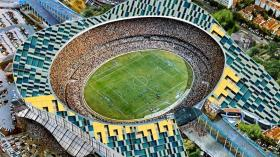 Зубной футбольный стадион