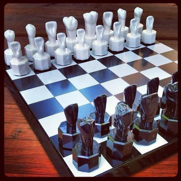 Шахматы для стоматологов