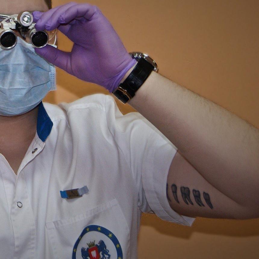 Тату стоматолога 24