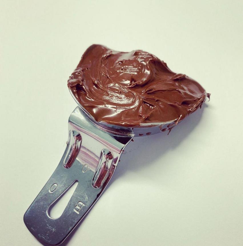 Снятие оттиска Nutella массой