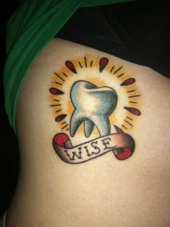 Тату стоматолога 42