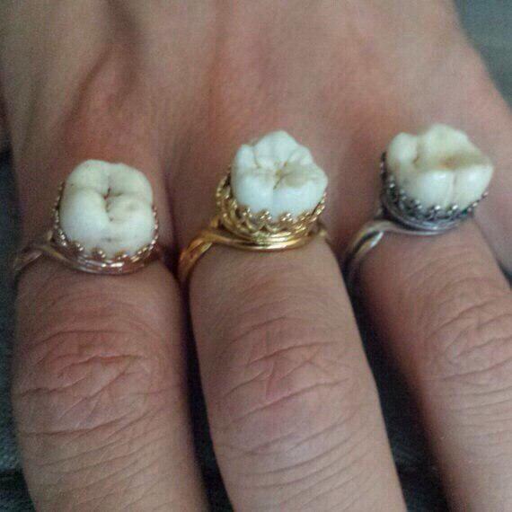 Кольца с зубами