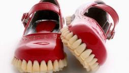 Зубные сандалии