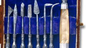 Карманный набор для удаления зубов, 1790г. Перламутр и сталь.