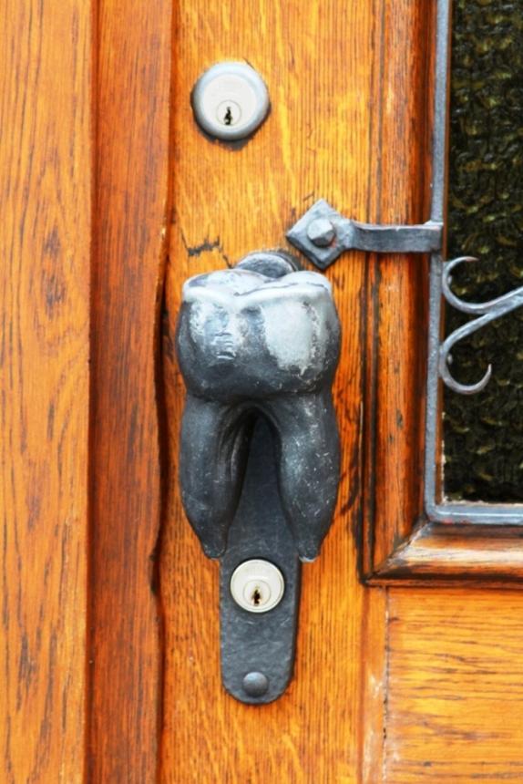 Дверная ручка - зуб 2