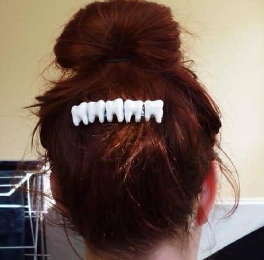 Заколка стоматолога