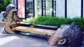 Памятник крепким зубам (Сеул)