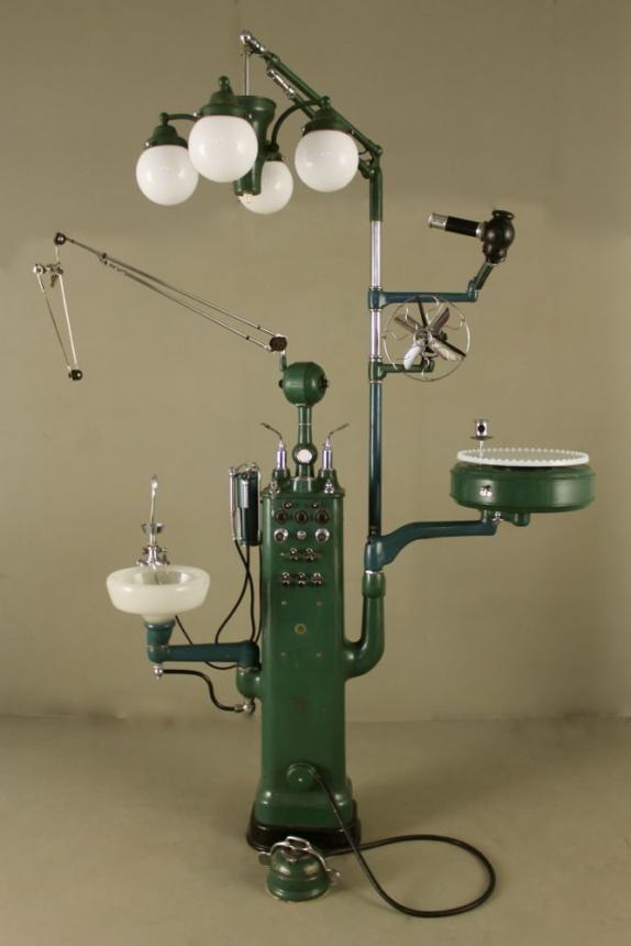 Стоматологическая установка Rathbone, 1930г.