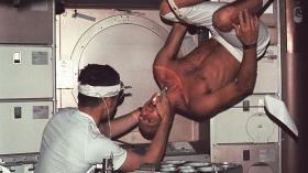 Космическая стоматология