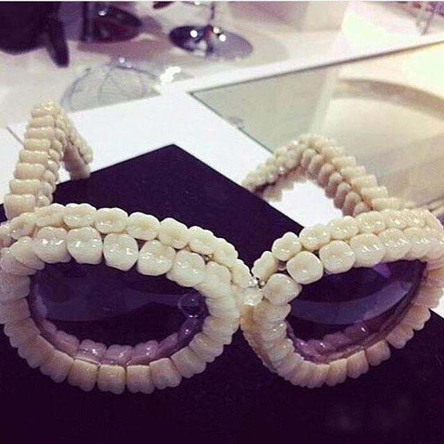 Очки стоматолога 2