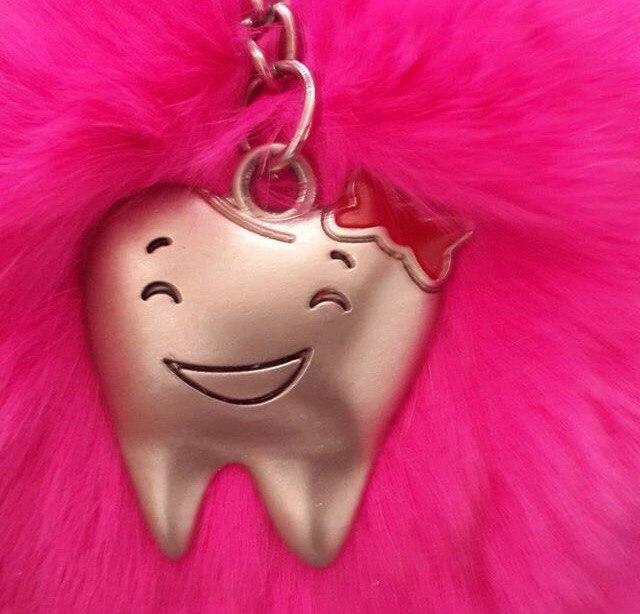 Брелок стоматолога 3