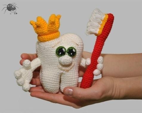Зуб - игрушка