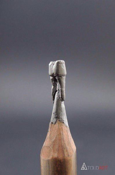 Зуб из графитового стержня