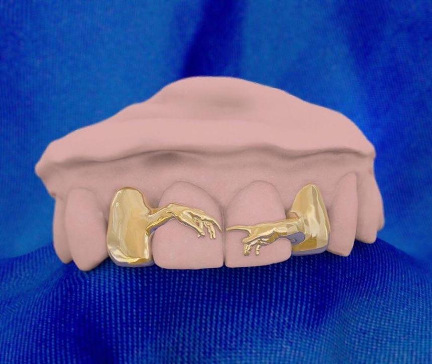 Микеланджело - Грилзы на зубы - Сотворение Адама