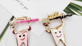 Значок стоматолога 5