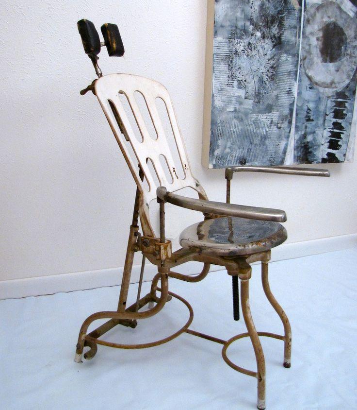 Стоматологический стул (начало 20 века)