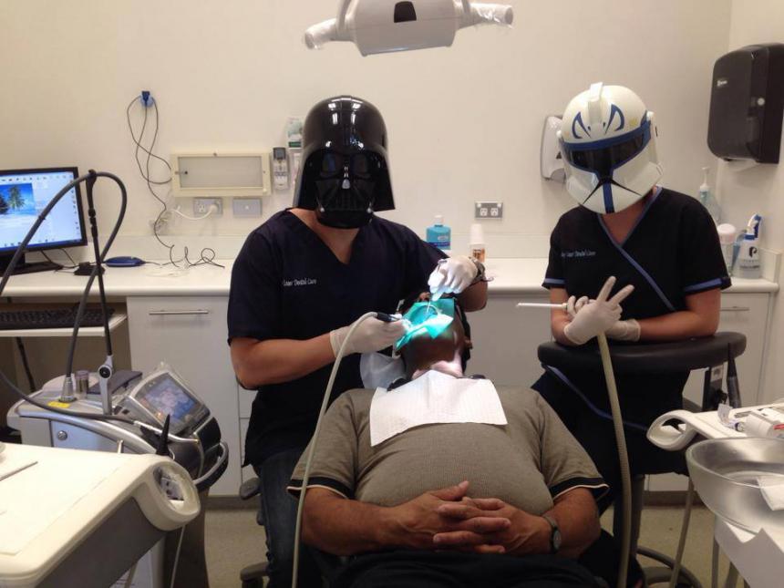 Дарт Вейдер стоматолог