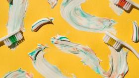 Творчество из зубных щеток и пасты
