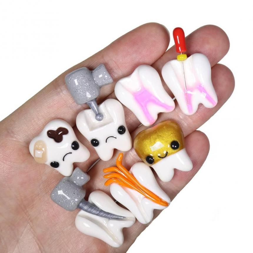 Зубки из полимерной глины и смолы