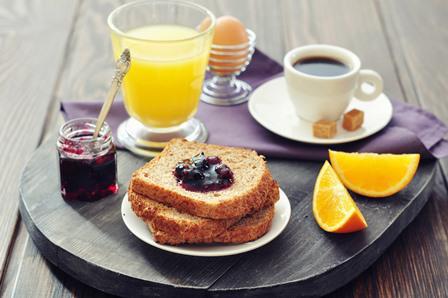 Пропуская завтрак, вы рискуете приобрести плохой запах изо рта