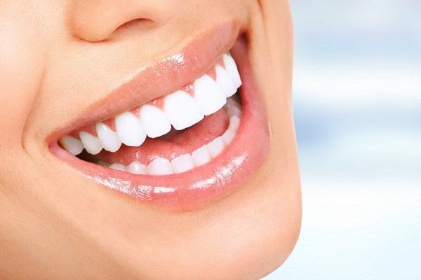 Удаленная работа в период пандемии привела к росту популярности эстетической стоматологии