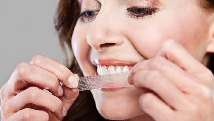 Полоски для отбеливания зубов разрушают дентин