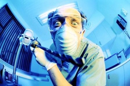 злой и страшный стоматолог
