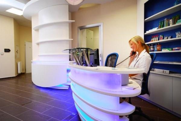 Как администратору стоматологии следует отвечать на звонки пациентов