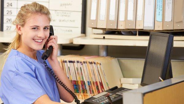 Обзвон базы пациентов - за и против (к дискуссии о работе администраторов)