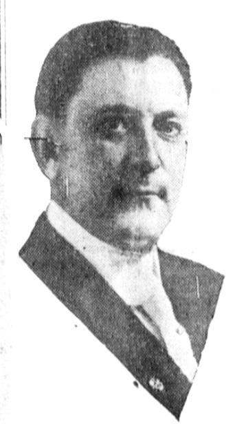 Фотография Эдгара Рэндольфа Паркера, сделанная незадолго до того, как он сменил имя на Пэйнлесса Паркера, 1915г.