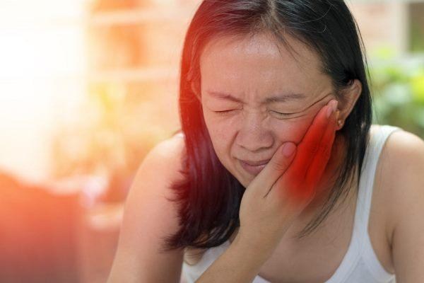 Массаж и ароматерапия для лечения дисфункции ВНЧС