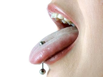 пирсинг языка, сережка, язык