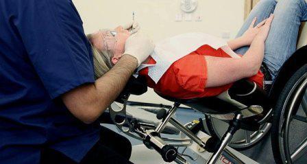 Стоматологическое кресло для пациентов с ограниченными возможностями