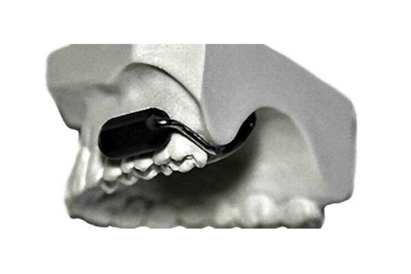 Военные службы США разработали уникальный зубной микрофон с наушником