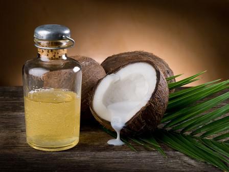 Примочки из масла кокоса эффективны для лечения гингивита