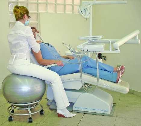 Стоматологический кабинет в космическом стиле