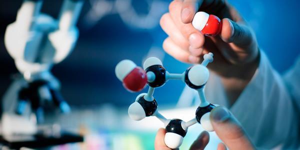 Новый пломбировочный материал, предотвращающий вторичный кариес