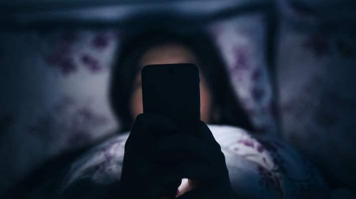 Смартфоны могут стать причиной травмы зубов у детей