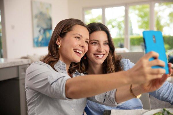 Align Technology отмечает 10 миллионов улыбок Invisalign