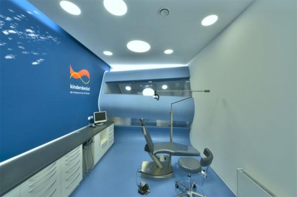 """Супер-творческий и мультифункциональный стоматологический кабинет под названием """"Kinderdentist"""" (Берлин)."""