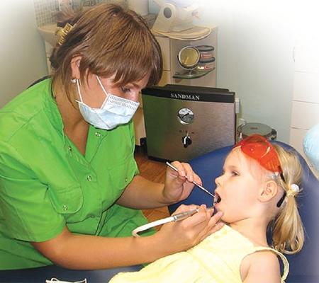 Минимально-инвазивный метод лечения кариеса
